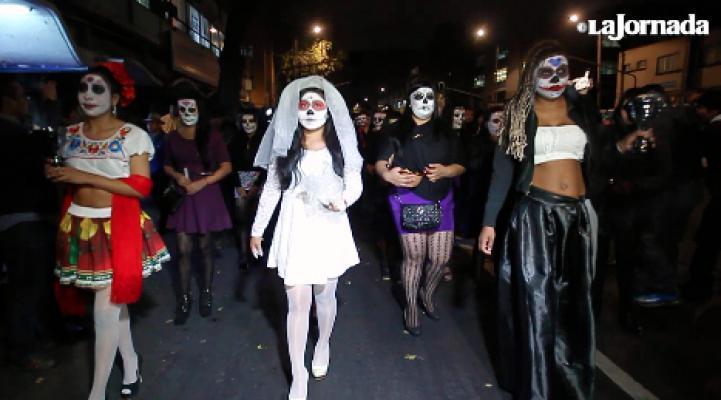Procesión y ofrenda de las sexoservidoras de la Merced para sus compañeras muertas