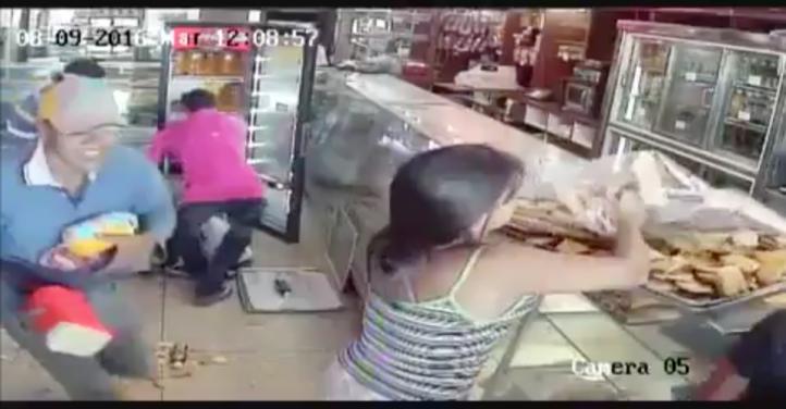 Vacían panadería en Venezuela