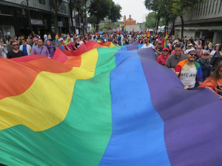 LGBTI demanda respeto a la diversidad