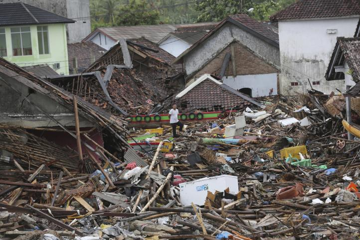 Continúan trabajos de recuperación en Indonesia tras tsunami