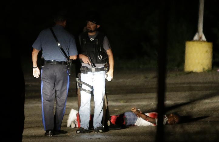 """En """"estado crítico"""" el herido durante el tiroteo en Ferguson"""