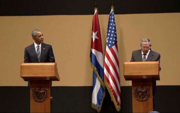 Raúl Castro solicita a Obama levantar el bloqueo económico