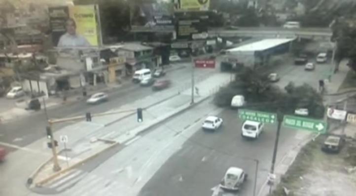 Un muerto y un lesionado por caída de árbol en vía López Portillo