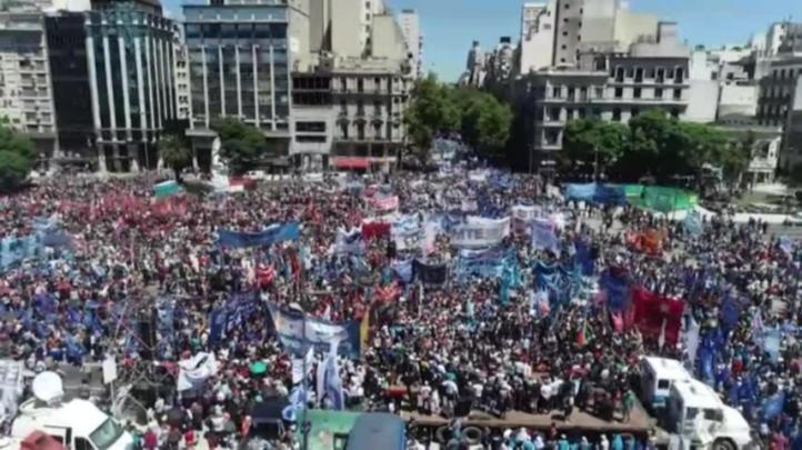 Protesta contra ajuste de Macri en inicio de año electoral