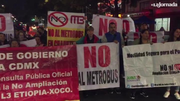 Vecinos de la alcaldía Benito Juárez protestan contra ampliación de Metrobús