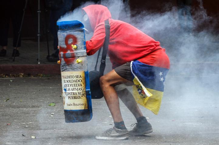 Oposición venezolana endurece protestas contra constituyente