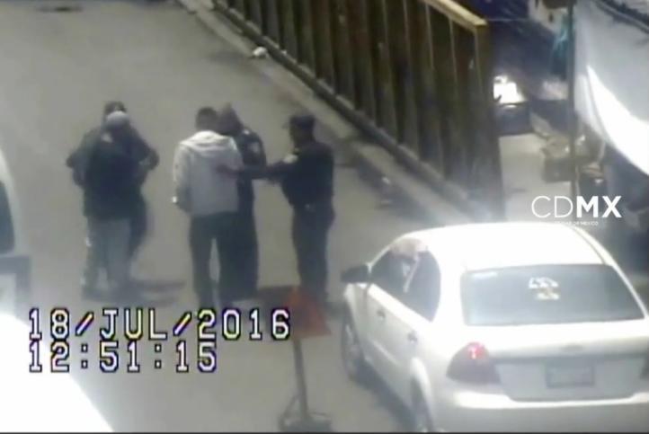 Detienen a dos asaltantes en Santa Martha Acatitla