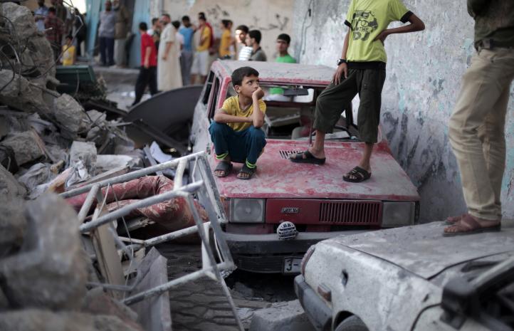 Se eleva a 100 el número de muertos en la franja de Gaza