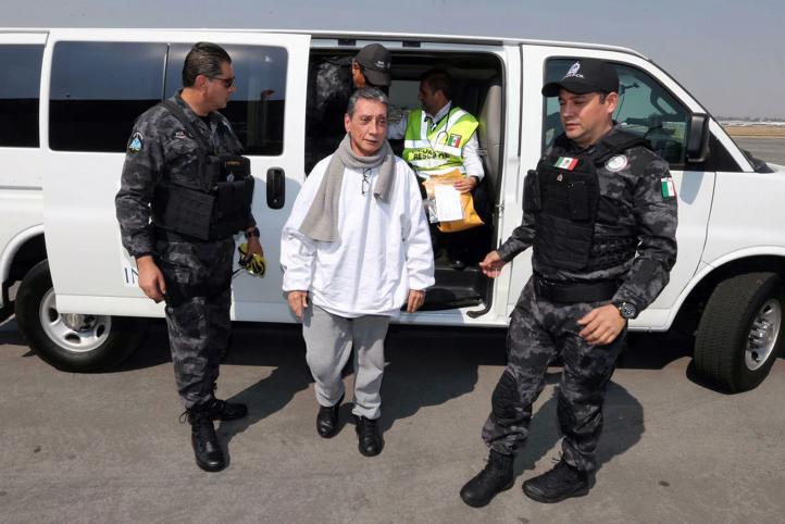 Llega Mario Villanueva a México