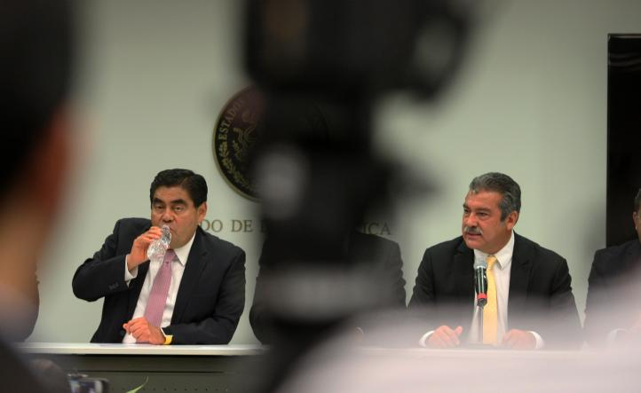 Renuncia Barbosa a coordinación del PRD en el Senado