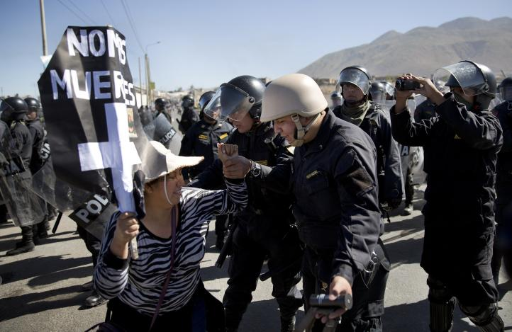Tensión en Perú por huelga contra proyecto de Grupo México