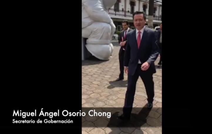 """""""Yo estoy en el diálogo, con ganas de que se solucione"""": Osorio Chong"""
