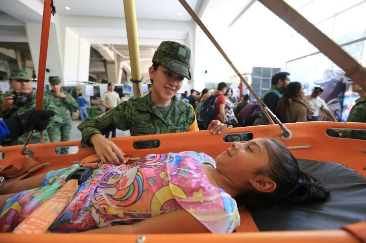 Día del Ejército: Para contrarrestar la mala reputación, los militares buscan acercarse a la población civil