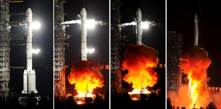 Lanzan con éxito el primer satélite boliviano