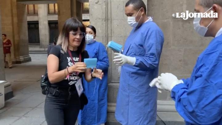 Refuerzan medidas sanitarias para mañanera en Palacio Nacional