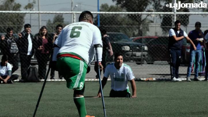 Guerreros Aztecas: Les faltan piernas o brazos, pero les sobra habilidad