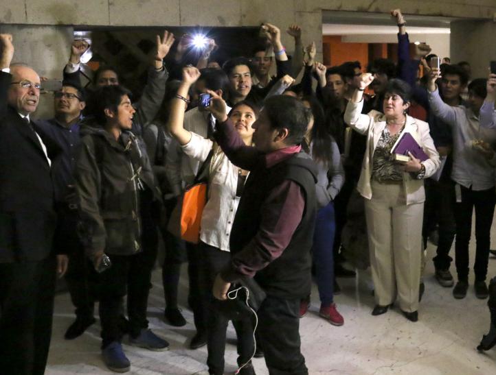 Estudiantes y autoridades logran acuerdo con vistas a levantar paro en IPN