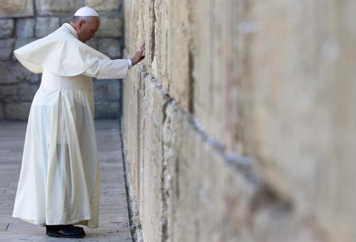 El papa Francisco visita lugares clave del judaísmo en Jerusalén