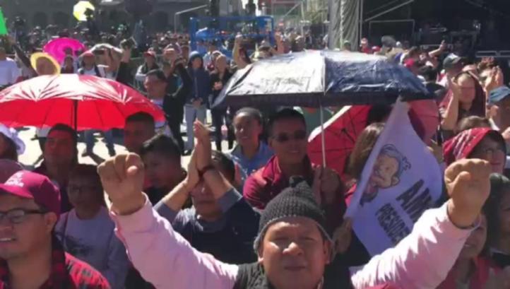 Festejos en el Zócalo por toma de protesta de AMLO