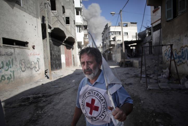 Disparan a la Cruz Roja en Gaza