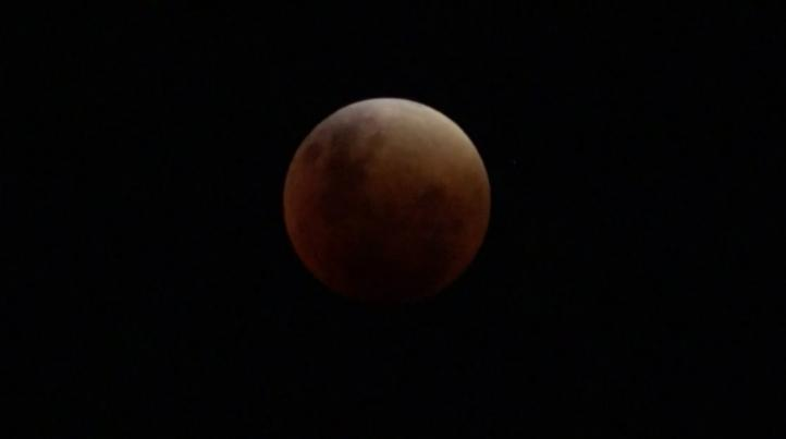 Eclipse total de Superluna