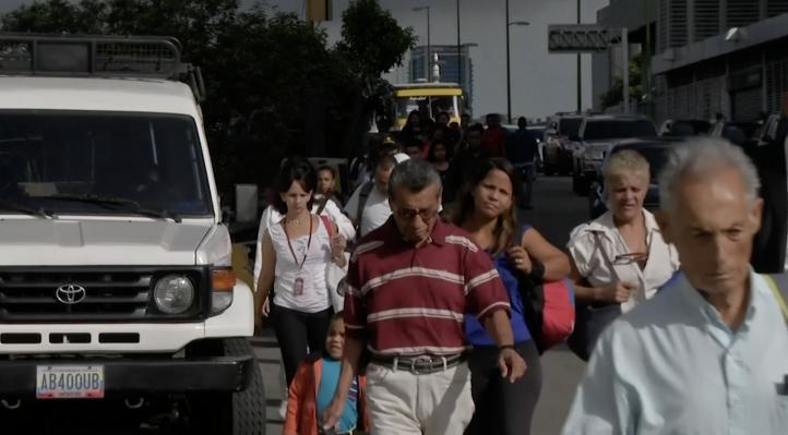 La capital de Venezuela retoma actividades tras apagón