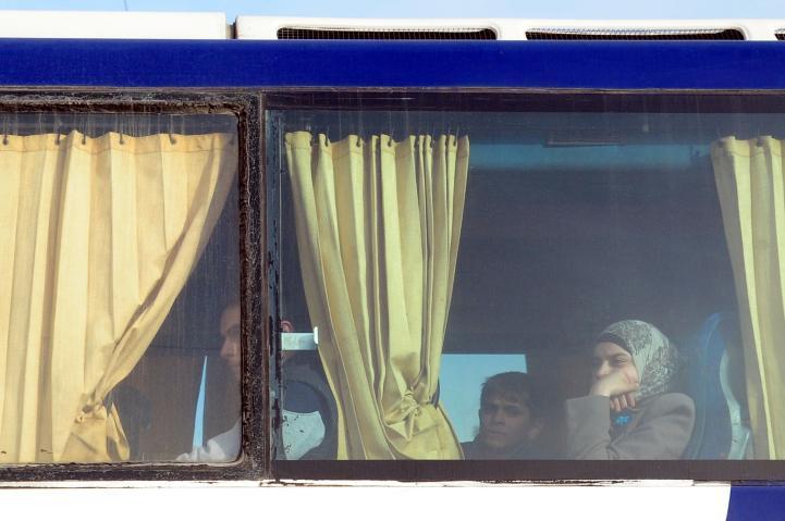 Mil 100 personas abandonaron bastión rebelde en Ghouta: Rusia