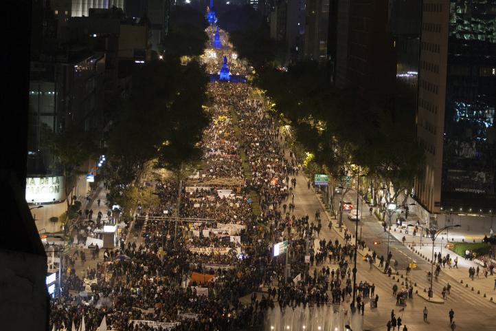 Cuarta Acción Global por Ayotzinapa en el DF