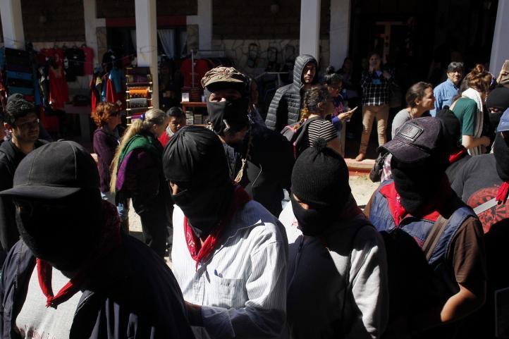 Llega comandancia del EZLN a encuentro de zapatistas con científicos