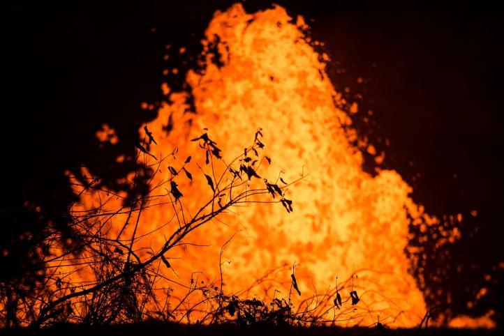 Kilauea genera llamas azules por consumo de metano