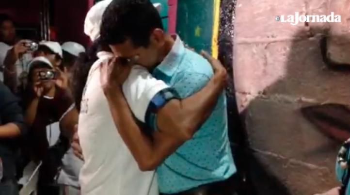 Madre centroamericana encuentra a su hijo luego de 15 años de búsqueda