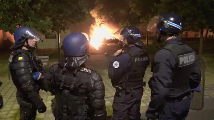 Aumenta tensión en Nantes, Francia por joven abatido