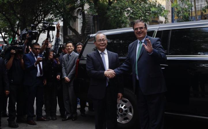 Embajador chino se reúne con AMLO