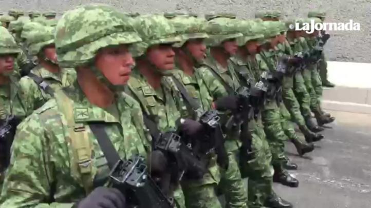 Conmemoración militar en el Castillo de Chapultepec