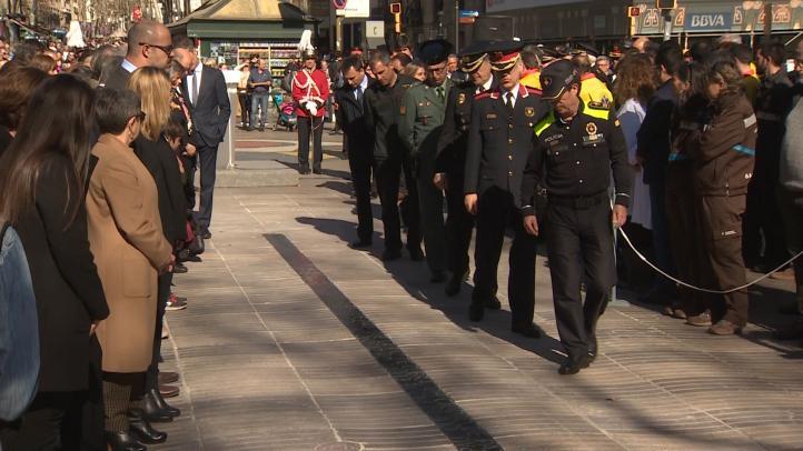 Barcelona inaugura un memorial por las víctimas del 17A