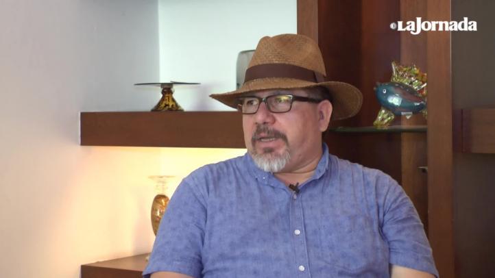 """""""No sabíamos contar el narco, aprendimos a punta de chingazos"""": Javier Valdez, corresponsal de La Jornada en Sinaloa"""