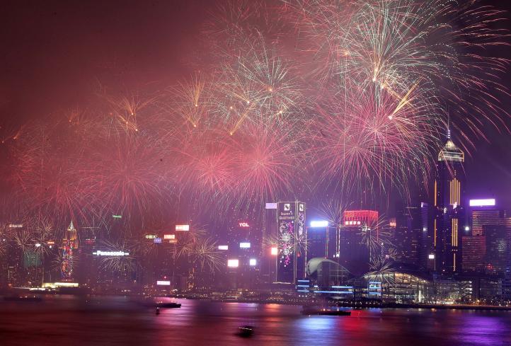 Hong Kong celebra el inicio del año del cerdo