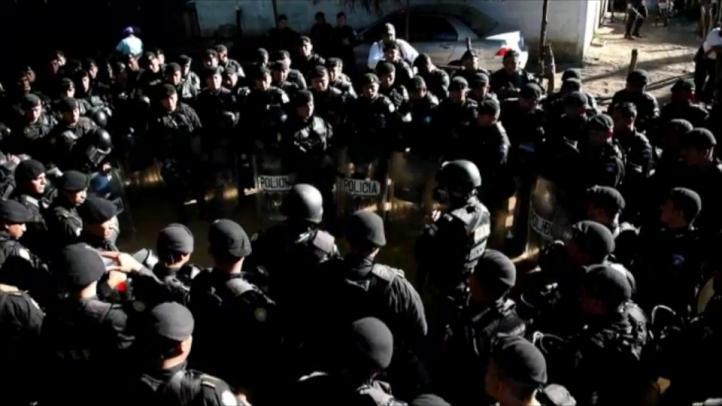 Pelea entre reos en cárcel de Guatemala deja 17 muertos