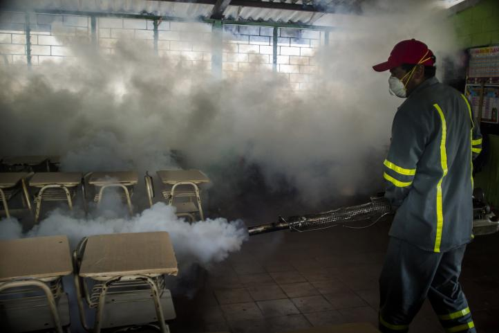 Pandillas de El Salvador ayudan en la lucha contra el Zika