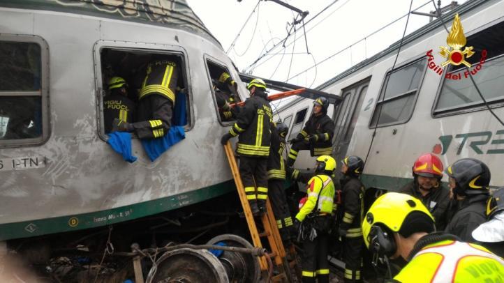 Descarrila tren en Milán; 3 muertos