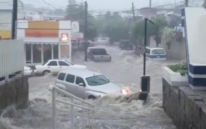 Torrenciales lluvias inundan municipios sinaloenses
