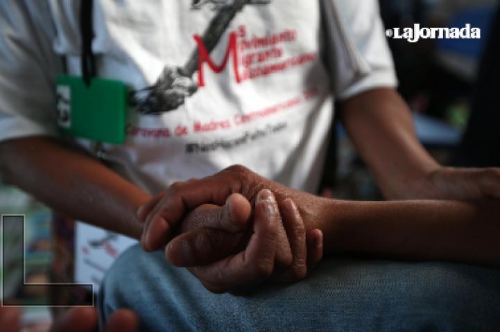 Madres de migrantes desaparecidos se reúnen con presos centroamericanos