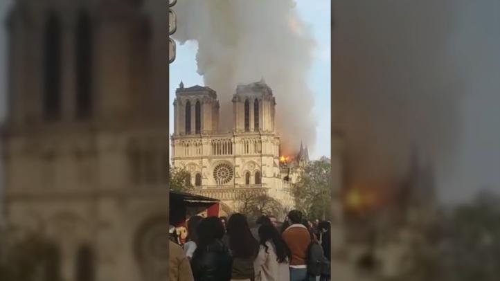 Bomberos extinguen completamente el incendio de Notre Dame