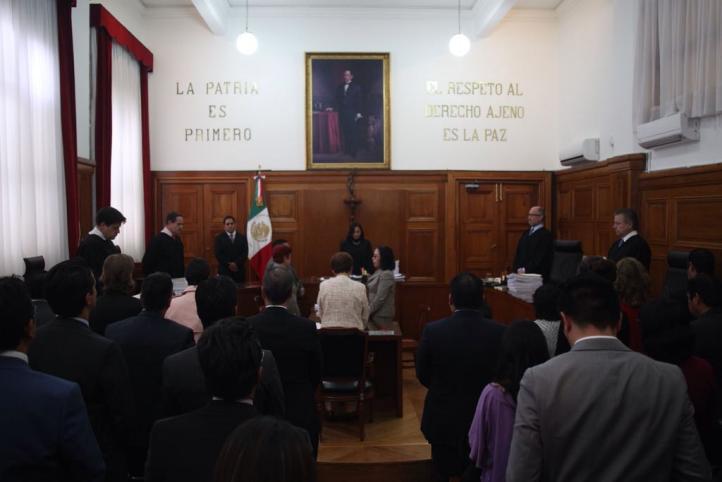 Minuto de silencio en la Corte por Jesús Aranda