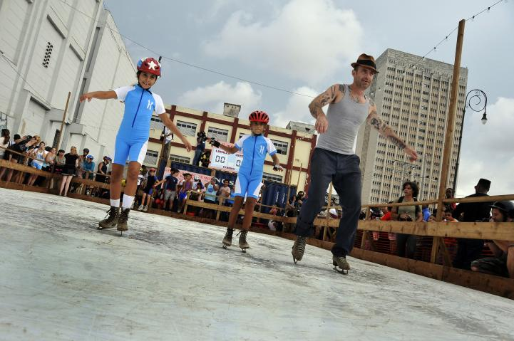 Cuba: Malecón se convierte en pista de hielo