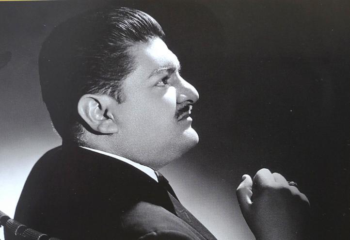 Y sigo siendo el Rey. José Alfredo Jiménez