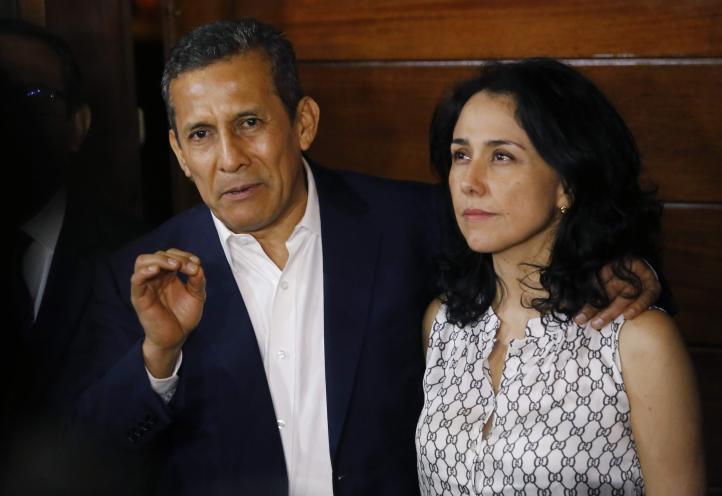 Humala y su esposa dejan la cárcel en Perú