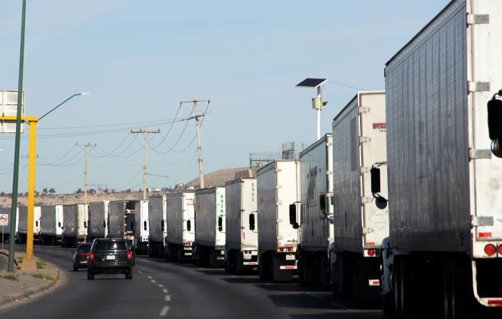 Temen colapso comercial por medidas de crisis que EU aplica en la frontera