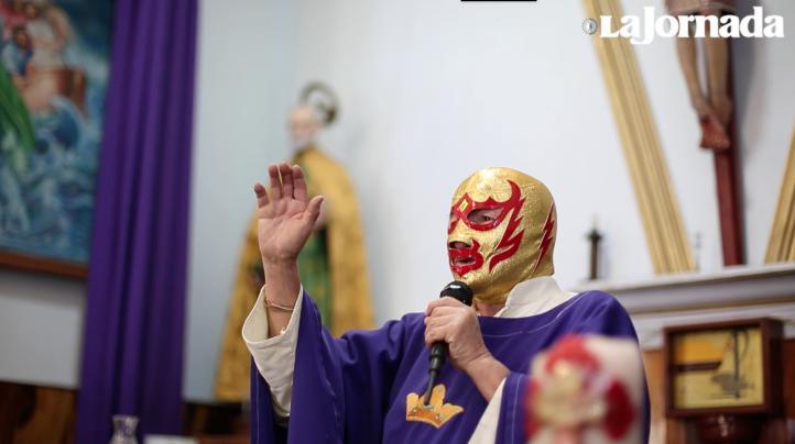 Fray Tormenta: Daba misas por la mañana y subía al cuadrilátero de noche