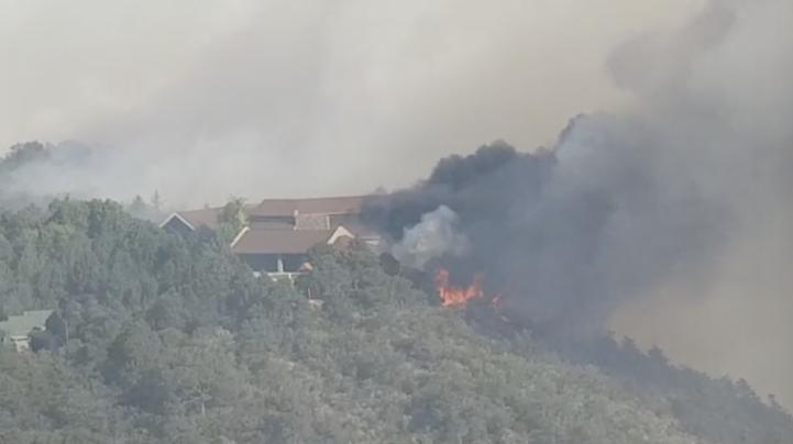 Fuera de control, incendio en sierra de Arteaga, Coahuila